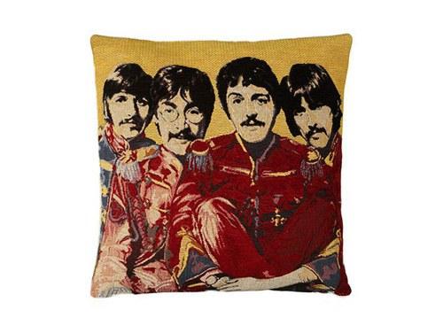FAB 4 cushion